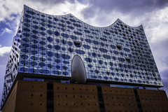 Hamburg0042Elbphilharmonie (schulzharri) Tags: hamburg deutschland germany europa europe architektur architecture haus building outside drausen