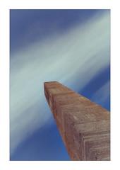 up to the sky diagonalism (Armin Fuchs) Tags: arminfuchs lavillelaplusdangereuse würzburg marktplatz obelisk diagonal blue sky clouds stone niftyfifty