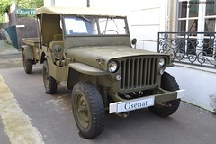 "Hotchkiss ""Jeep"" M201 avec la remorque 1/4T 1958 (Monde-Auto Passion Photos) Tags: voiture vehicule auto automobile cars hotchkiss jeep willy m201 remorque armée militaire ancienne classique collection légende vente enchère osenat france fontainebleau"