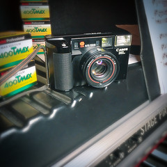 Canon AF35 ML, 40 mm 1:1.9 (verblickt) Tags: vintage film canon
