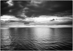 atlantic (look-book) Tags: atlantik atlantic canaren madeira ship kreuzfahrt meer see phaseone iq260 achromatic captureone wolken cloud 2k1911 cf003893 schneider kreuznach 55mm ls