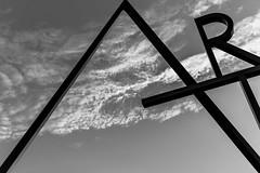 Art's Gate (sniggie) Tags: columbuscollegeofartanddesign route62 usroute62 us62 art gate truth 芸術門 bwphotography monochrome columbus ohio reality interpretation