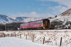20090207_IMG_0138 (PowerPhoto.co.uk) Tags: eastmidlandstrains emt class158 dieselmultipleunit dmu 158799 edale train railway snow winter