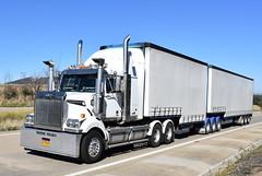 Western Star (Scottyb28) Tags: truck trucks trucking highway haulage diesel loaded