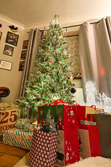 Happy Christmas (daveseargeant) Tags: christmas tree presents happy medway nikon df xmas 1424mm 28g rochester kent