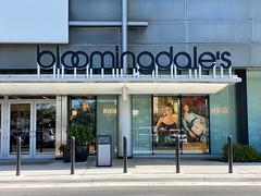 Bloomingdales Aventura Mall (Phillip Pessar) Tags: bloomingdales aventura mall luxury department store