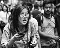 surprise surprise! (gro57074@bigpond.net.au) Tags: surprise cbd sydney pittstreetmall monotone monochrome mono bw blackwhite f28 2470mmf28 d850 nikon boxingday december2019 guyclift woman candidstreet eyecontact portrait candid