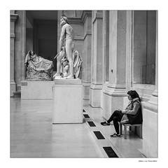 Louvre (JLucclic) Tags: louvre noir et blanc noiretblanc blackwhite paris