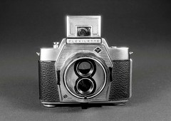 Agfa Flexilette (Mattia Camellini) Tags: cameraporn gear nikonem analog pellicola fomapan100 ilfosol3 mattiacamellini stilllife sovietlens agfaflexilette mir24n235mm