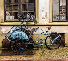 Weihnachtsgeschenk !!!!! (Fritz Zachow) Tags: fahrrad wismar drahtesel deutschland