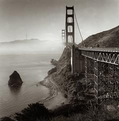 San Francisco - Golden Gate Seen From Vista Points (stefano ricciardi) Tags: hasselblad hasselblad501cm hp5 planar80cf goldengate foma selenium more moersch4812 fomabrom hc110 sanfrancisco fog bridge