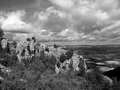 Granite rocks n. 15 (Franco & Lia) Tags: sardegna sardinia gallura limbara rocce rocks granito granite nuvole clouds mountainscape landscape blackandwhite noiretblanc blackdiamond flickraward biancoenero schwarzundweiss