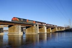 CN 369 (Michael Berry Railfan) Tags: ge generalelectric gevo es44ac cn2943 cn9543 gp402lw gp402 emd gmd cn canadiannational train freighttrain cn369 ottawariver îleperrot kingstonsub