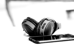 Time for some edits... (JayTeeMan) Tags: bose headphones bokeh minimalist minimal contrast 85 mm canon black white