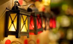 Little lanterns (Karsten Gieselmann) Tags: 25mmf18 bokeh christmas dof em1markii formen mzuiko microfourthirds olympus schärfentiefe stern stilleben weihnachten winter xmas kgiesel m43 mft shapes stilllife