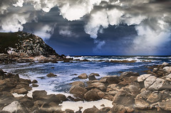 Niebla en las Islas Cies (wolvelopez) Tags: islas cies vigo spain northofspain landscape cliffs sea ocean fog niebla paisaje rocas rocks clouds cielo nubes acantilado
