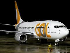 GOL Transportes Aéreos | Boeing 737-7K5(WL) | OO-JOS (PR-GEQ) (Bradley's Aviation Photography) Tags: egsh nwi norwich norfolk norwichairport canon70d avgeek aviation aviationphotography planespotting night nightphotos 737 b737 boeing737 gol goltransportesaéreos boeing7377k5wl oojos prgeq