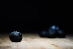 365 - Image 361 - Blueberries... (Gary Neville) Tags: 365 365images 6th365 photoaday 2019 sony sonya7iii a7iii a7m3 90mm garyneville