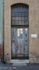 Theaterstraße, Gera (Ivan van Nek) Tags: gera thüringen deutschland theaterstrase nikon d7200 sigma1770 duitsland allemagne germany doorsandwindows tür deur porte ehemaligeddr