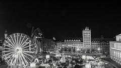 Leipzig Augustus Platz (andreasscharr) Tags: canon canon5dmarkiv leipzig blackwhite schwarzweis black einfarbig sachsen saxony architektur architecture germany deutschland city skyscraper sky