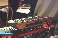 Electrophones 32: Synthesizer (of Elliot Galvin) (KM's Live Music shots) Tags: musicalinstrument hornbostelsachs electrophone keyboardsynthesizer synthesizer elliotgalvin marklockheart empirebar
