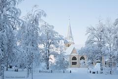 Church! (petergranström) Tags: churts kyrka trees träd fence staket snow snö windows fönster