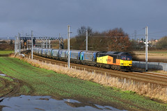 60002 Winwick 23rd Decemeber 2019 (John Eyres) Tags: 60002 pulling away from winwick junction up fast with 6e10 liverpool biomass terminal drax ps 231219