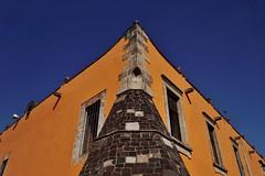 Plaza de las Tres Culturas - Iglesia Santiago Tlalelolco 3 (luco*) Tags: mexique méxico mexico ciudad de ville city cdmx plaza las tres culturas iglesia santiago tlatelolco église church