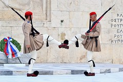 CHANGING OF THE GUARD, ATHENS, GREECE, ACA PHOTO (alexanderrmarkovic) Tags: changingoftheguard athens greece acaphoto soldiers