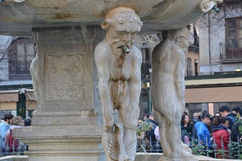 Statue in Bib Rambla square