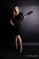 MAR_2701 (jeanfrancoislaforge) Tags: beauty beauté nikon d850 guitar guitare robe dress model modèle mannequin marjory marjorydurocher