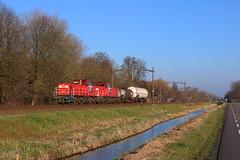 DBC 6516 + DBC 6466, Dordrecht, 27-12-2019 (frank_e186) Tags: dbc db cargo deutsche bahn unit uc ez einzelwagenzug 6400 mak de 6515 6466 vlaamse reuzen dordrecht zuid 44609 kijfhoek antwerpennoord antwerpen