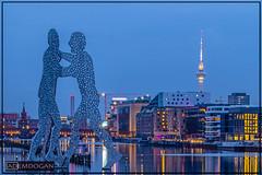 MOLECULE MAN (01dgn) Tags: moleculeman berlin germany almanya deutschland travel sunset longexposure tele canoneos77d