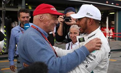 Hamilton e quei messaggi con Lauda