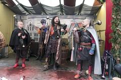 Dudelsäcke (wolf238) Tags: mittelalter weihnachtsmarkt musik dudelsack corvuscorax dresden