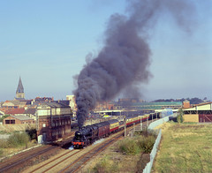42968 spectacular departure from Rhyl. 19.10.97 (Neville Wellings) Tags: 2968 42968 staniermogul rhyl lms svr volcanic clag