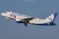 Ural Airlines A319-112 VP-BBG (José M. Deza) Tags: 20191228 a319112 airbus bcn elprat lebl planespotting spotter uralairlines vpbbg aircraft