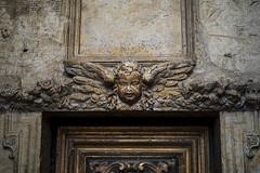 Auch (Laurent Pagès) Tags: leica leicam10d france summilux50asph occitanie gers gascogne gascony auch cathedral ca cathédrale catholique catholic sculpture ange angel amour