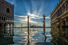 venice (Roberto.Trombetta) Tags: italy italia venezia venice man woman piazza marco high tide acqua alta winter cold weather water st mark square sony7rmii sony alpha 7rii 7rmii carl zeiss batis225 carlzeiss lenses girl people life batis 25 flood flooded reflection palazzo ducale marciana sunrise alba san lion leone statue silhouette