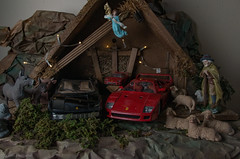 Die etwas andere Krippe! (Günter Hentschel) Tags: dezember dezember2019 12 2019 hentschel flickr nikon nikond5500 d5500 deutschland germany germania alemania allemagne europa nrw krippe weihnachten weihnachtsdeko weihnachtsfest weihnachtsbilder 118 modellauto modellcar modellautos