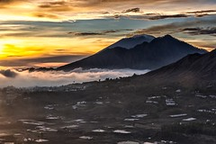 A Light To Hold (Anna Kwa) Tags: pigganvillage sunrise seaofclouds mist mountagung mountabang mountbatur activevolcanoes kintamani bali indonesia annakwa nikon d750 2401200mmf40 my light hold hope break die alive always seeing heart soul throughmylens life jounrey fate destiny world travel célinedion thehardway