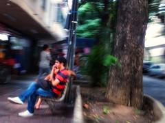 para onde ir? (lucia yunes) Tags: streetphotography streetscene streetlife streetshot urbanlife lifeinstreet luciayunes mobilephotography cenaurbana cenaderua fotografiaderua sozinho alone