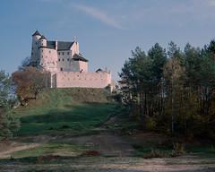 Bobolice Castle (fotoswietokrzyskie) Tags: bobolice castle poland mamiya 7ii analog 6x7 medium format architecture kodak portra400 film 120mm