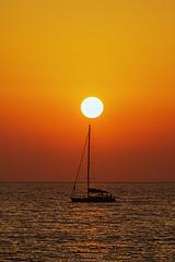 What A Wonderful World  ( Che mondo meraviglioso ) (Eugenio GV Costa) Tags: tramonto barca vela sailing boat acqua outside sole colori sun colors mare sunset cielo sky sea water