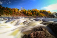 Autumn waves 🌊 (corineouellet) Tags: canada hdr landscape nature forest automne autumnvibes autumncolors autumnleaves autumn waterfall waterfalls water river slowshutter longexposure longueexposition longexpo colors waves