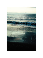 Waves of the sea (gerritdevinck) Tags: sea northsea oostduinkerke koksijde beach seaview fujifilm xpro2 xf35mmf2 fujifilmphotography waves bokeh 50mm filmlook dreamy