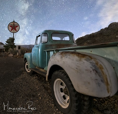 Texaco Star (magnetic_red) Tags: truck old blue rusted vintage 1950s rearquarterview sign texaco gasstation night stars milkyway desert mountains nostalgia