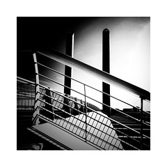 Le pont (Jean-Louis DUMAS) Tags: black bw nb white noir blanc architecte architect architectural architecture noireblanc photos noretblanc bordeaux monochrome monument architecturale abstract abstrait bâtiment building et blackandwhite blackwhite noirblanc noiretblanc pont bridge