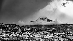 Winter Storm Approaches The Pedernal (LDMcCleary) Tags: pedernal mountain snow blackwhite storm winter clouds bw 85mm gmaster 1500v60f