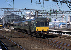53164 53160 Manchester Piccadilly 060402 img1178-0302md-a (Tony.Woof) Tags: 53164 53160 daisy manchester piccadilly class 101 dmu